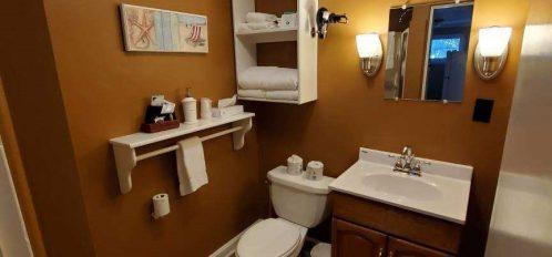 Cottage-2-Bathroom