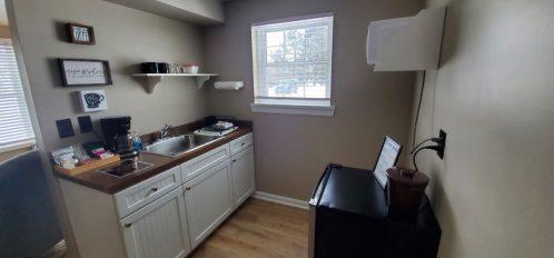 Cottage One Kitchen_1