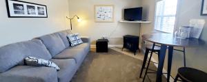 Lake Erie Suite Living Area