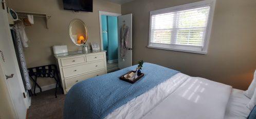 Sturgeon Suite Bedroom_1