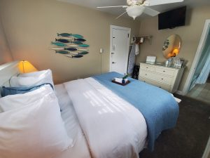 Sturgeon Suite Bedroom_3 (2)