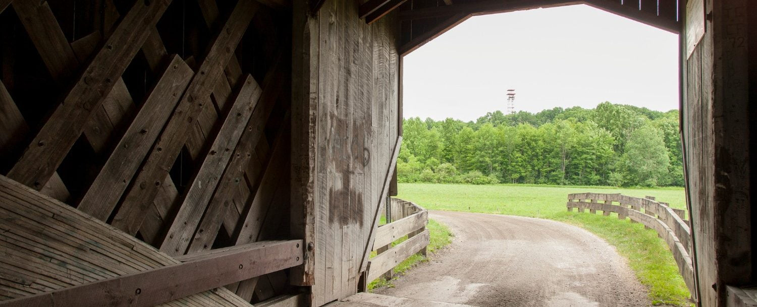a covered bridge in ashtabula, ohio.
