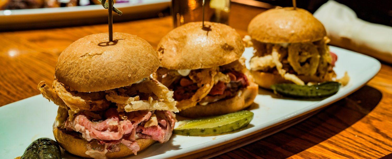 barbecue bbq sliders hamburgers casual restaurant: madison, ohio, restaurants.