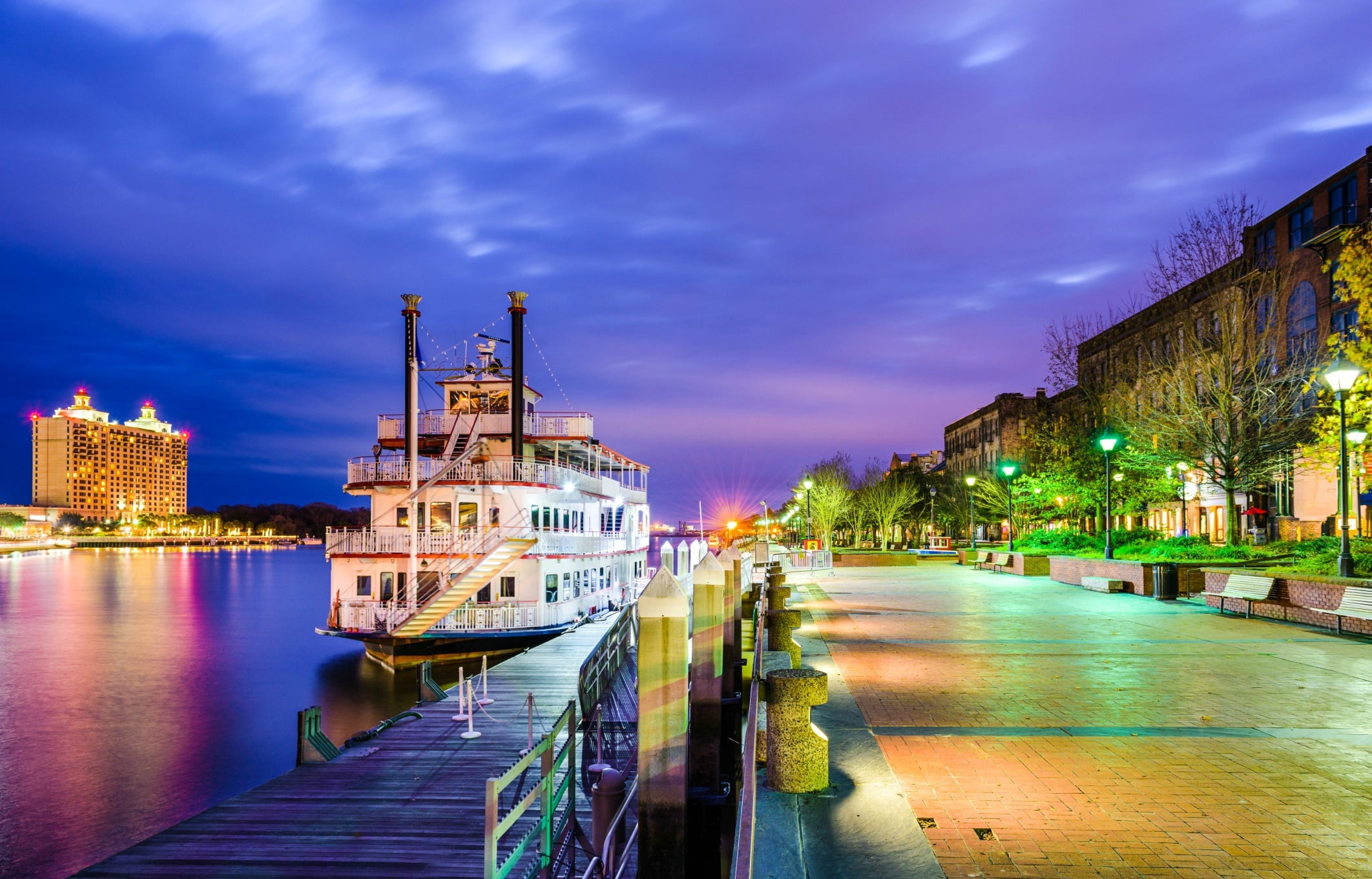 4 Lake Erie Dinner Cruises You Ll Want To Climb Aboard The