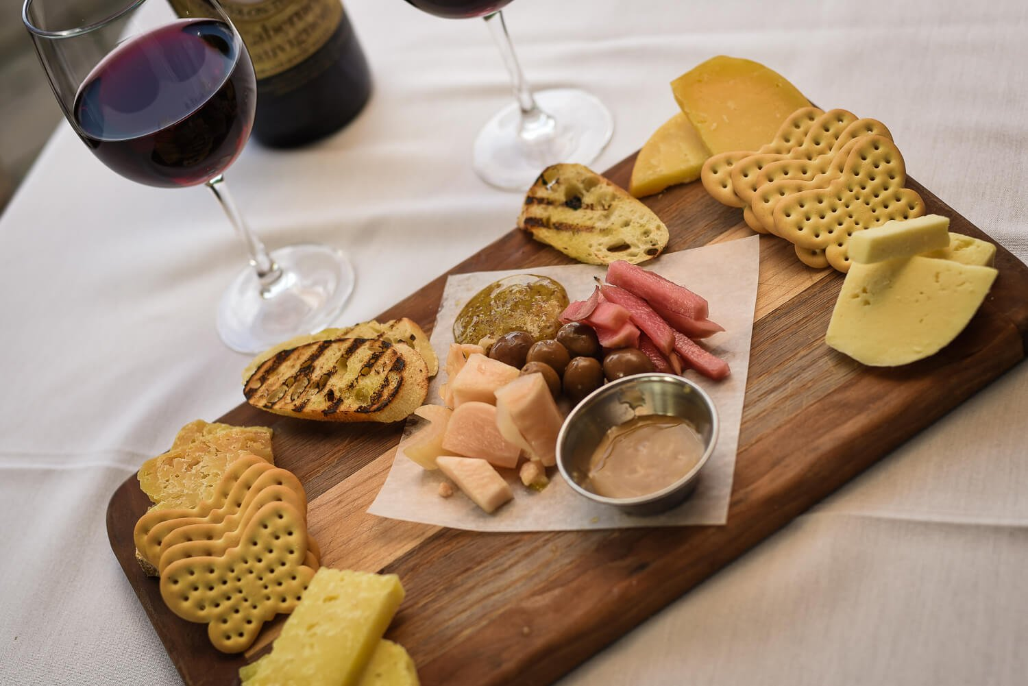 meat & <strong>cheese</strong> platter