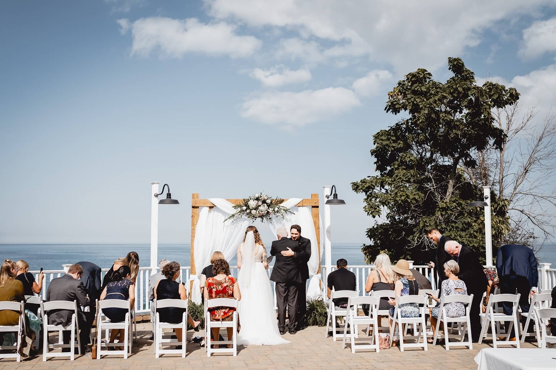 Outdoor Wedding Venue on Lake Erie at The Lakehouse Inn